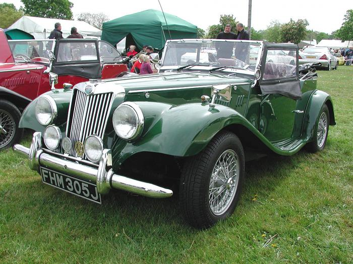 RMB Motors - Gentry. British Racing Green Gentry