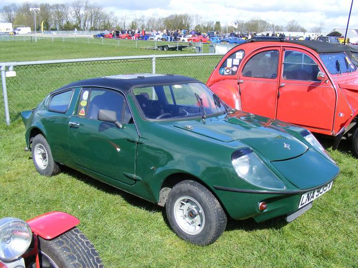 Marcos Cars - Mini Marcos. At Detling kit car show 2008